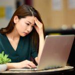 「今すぐ辞めたい…」サービス残業の対処法3つと転職活動のポイントを解説!